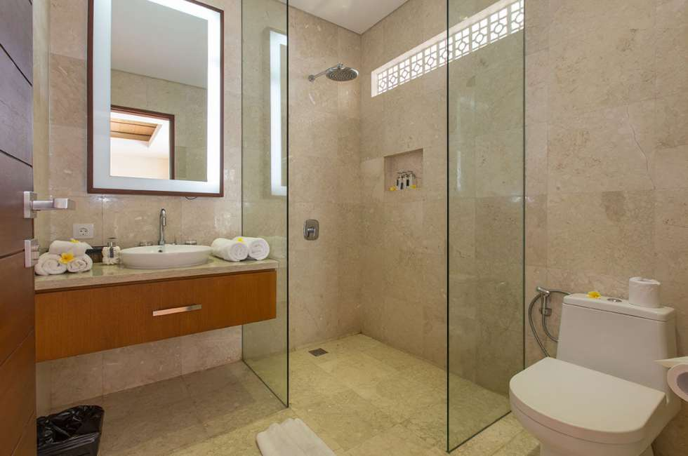 3 Bedroom Villas Private Washroom