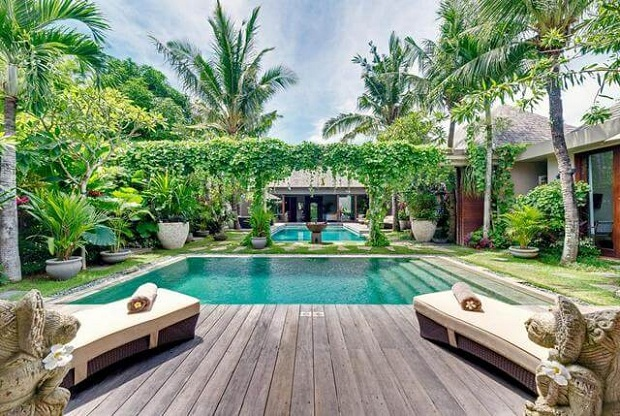 4 Ultimate Reasons to Choose Luxury Villa Holidays Over a Hotel Room